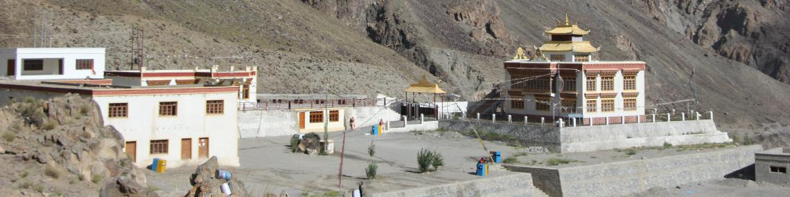 Hotel Aryan Residency Old Village and Moeastery
